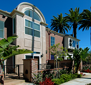 CAMBRIDGE SQUARE San Diego Condominiums   MW Steel Group Architecture and Planning