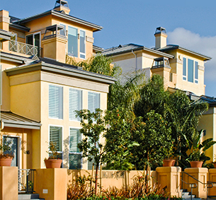 WELLINGTON SQUARE  San Diego Condominiums   MW Steel Group Architecture and Planning
