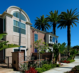 CAMBRIDGE SQUARE San Diego Condominiums | MW Steel Group Architecture and Planning