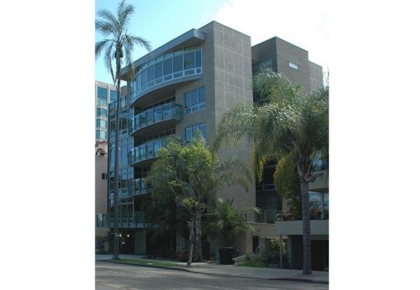 Dennen Burg Condos San Diego   MW Steele Group Architecture and Planning